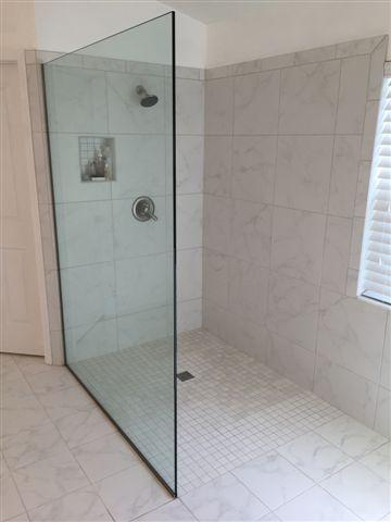 Walk In Curbless Tile Shower Bathroom In Riverview