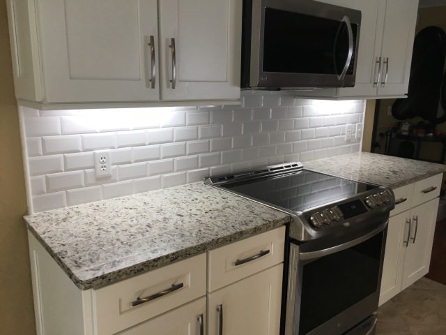 kitchen backsplash edges 3 215 6 beveled edge subway tile backsplash odessa florida 2210